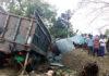 বগুড়ায় নিয়ন্ত্রণ হারিয়ে ট্রাক ঘরে, ঘুমন্ত মা-মেয়ে নিহত